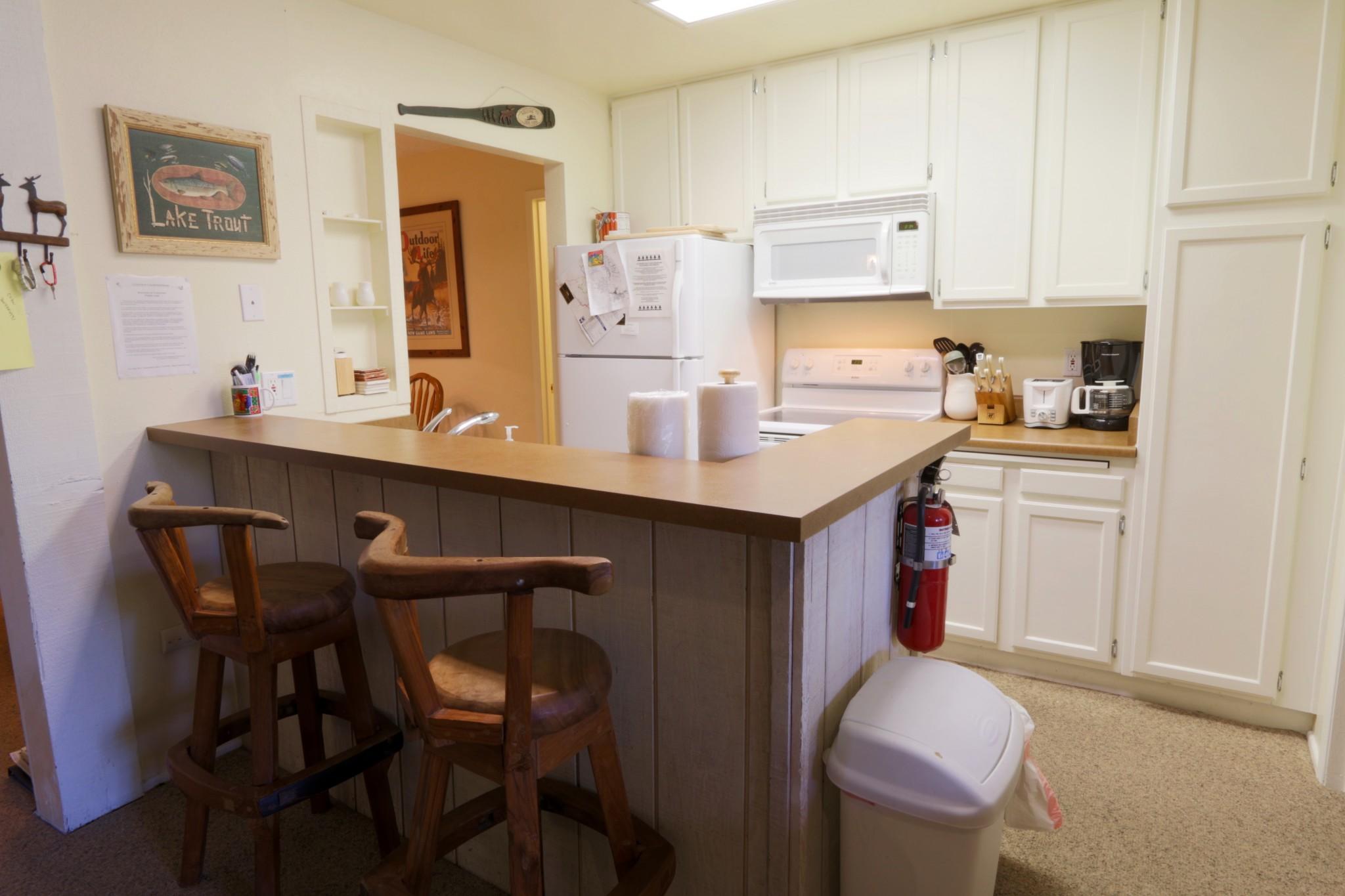 Crestview#40.kitchen